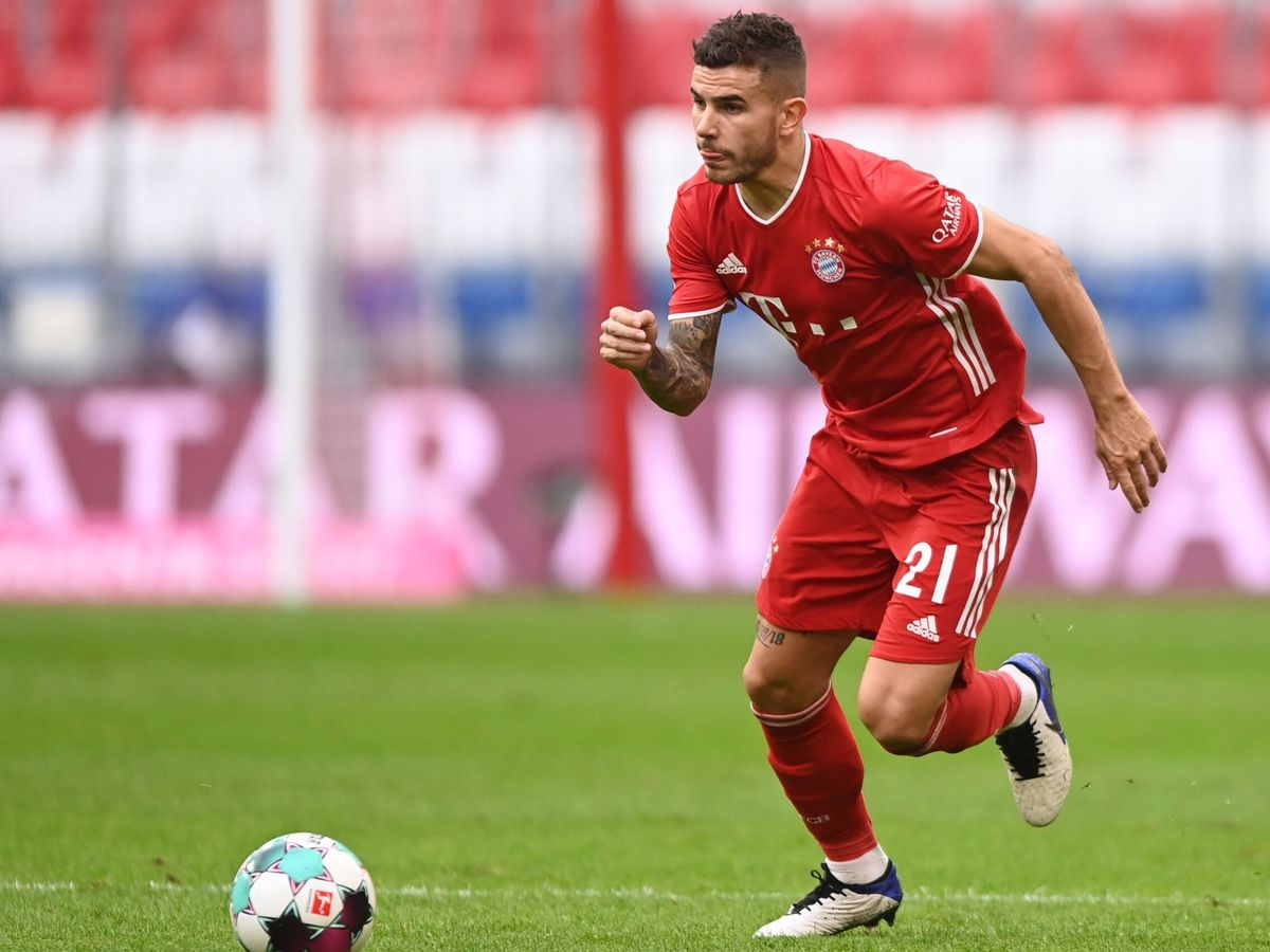 Foto: Lucas Hernández durante un partido con el Bayern de Múnich. (EFE)