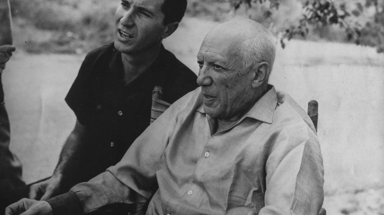 Pablo Picasso y Luis Miguel Dominguín. (Getty)