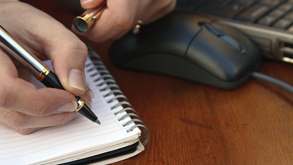 Foto: Los sistemas educativos de países como Finlandia o EEUU se están adaptando para un futuro sin bolígrafos ni lápices. (iStock)
