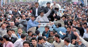 El atentado contra Ahmadineyad sólo fue un pertado lanzado contra su convoy
