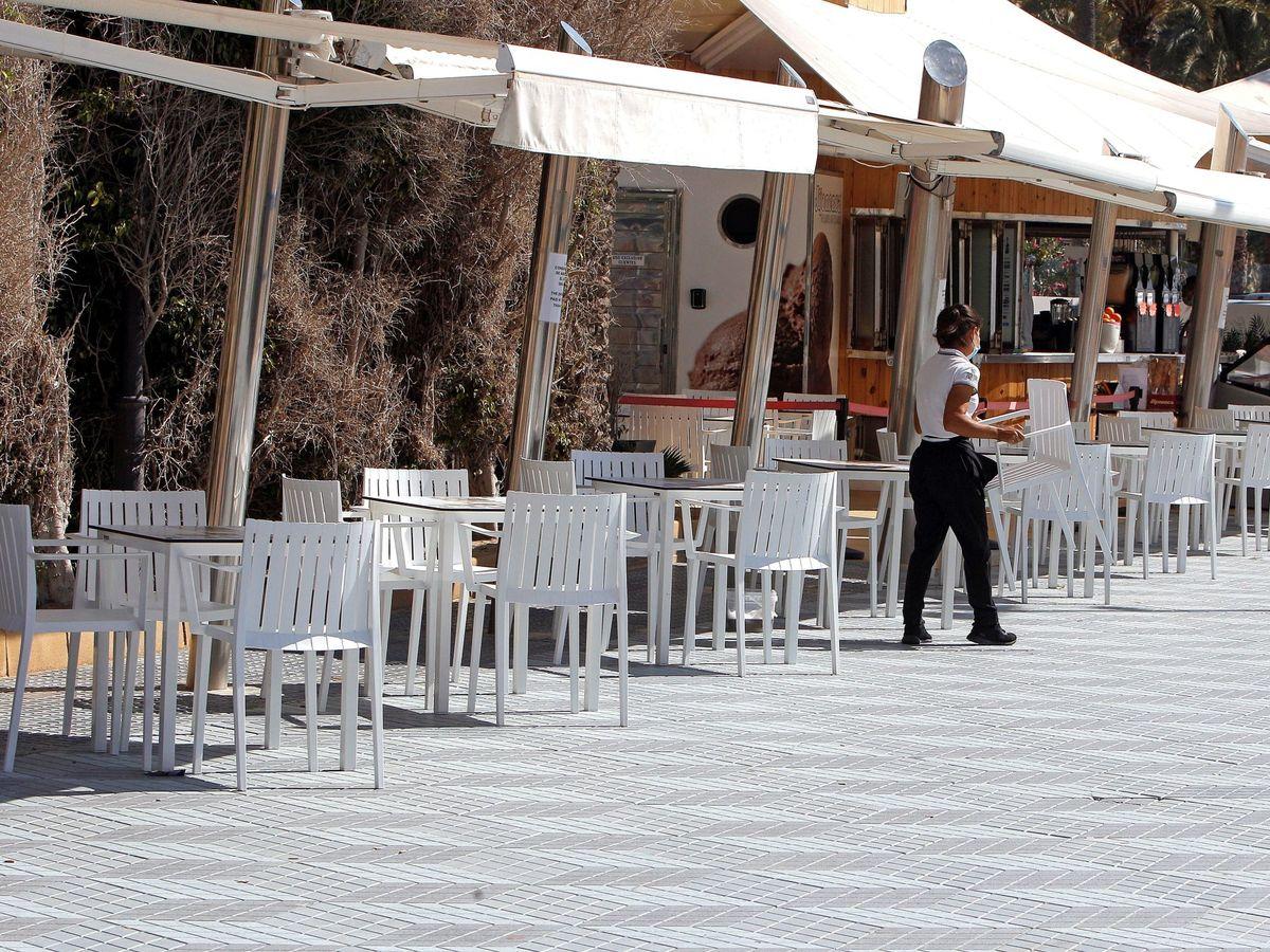 Foto: El covid ha hecho temblar los pilares de la hostelería. (EFE)