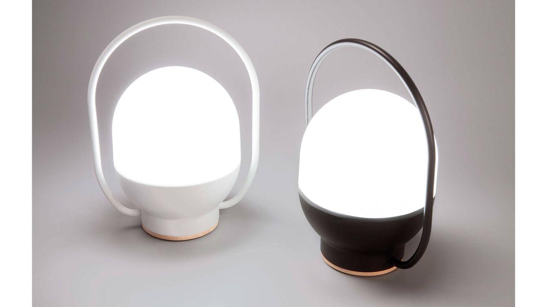Foto: La lámpara 'Take Away' se fabrica en dos colores