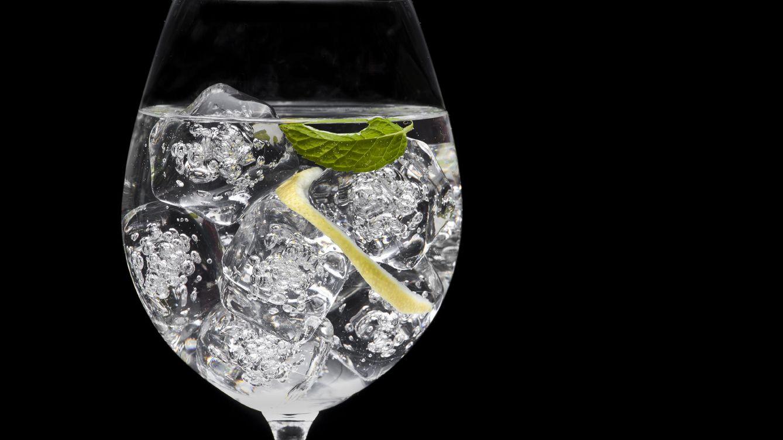 Foto: El consumo continuado de bebidas alcohólicas erosiona los dientes
