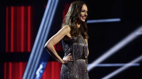 Eva González pone el broche final a 'La Voz' con el vestido de flecos más sexy