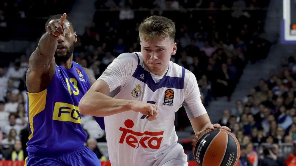 Foto: Doncic acabó con 10 puntos, 11 rebotes y 8 asistencias (JuanJo Martín/EFE)