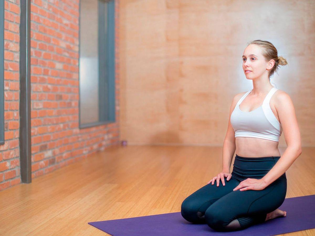 Foto: Una buena esterilla de yoga es una gran inversión porque te durará muchos años (Foto: Pixabay)