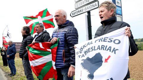 Comienza el acercamiento: trasladan de Asturias a Basauri a dos presos etarras