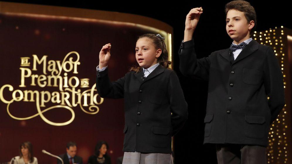 Foto: Los niños que han cantado el quinto de los quintos premios (EFE)