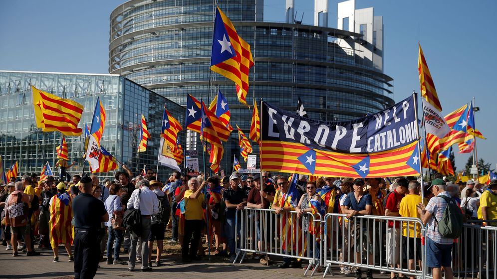 Foto: Manifestación independentista frente al Parlamento Europeo de Estrasburgo. (Reuters)