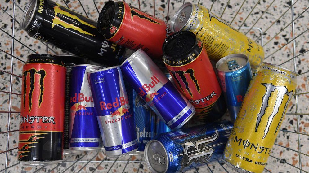 Foto: El gobierno británico ha llegado a considerar prohibir las bebidas energéticas a menores de 18 años (EFE/Andy Rain)