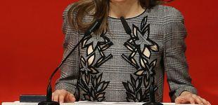 Post de La Reina Letizia recupera su peor vestido de Carolina Herrera para visitar Sevilla