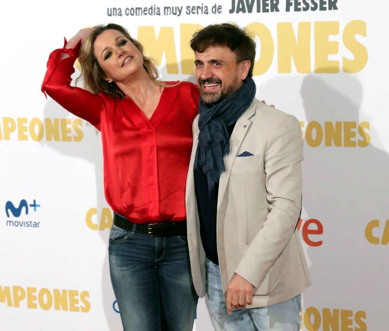 Foto: José Mota y su mujer, Patricia Rivas, en un estreno. (EFE)