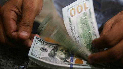 El dólar rompe récord de subida en Pakistán