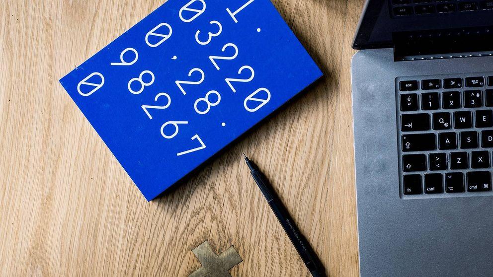 Hacer la declaración de la renta por teléfono: necesitas cita previa y estos documentos