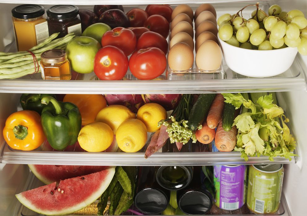 Foto: No hace falta ni contar calorías ni salir a correr adoptando estos cambios alimenticios. (Corbis)