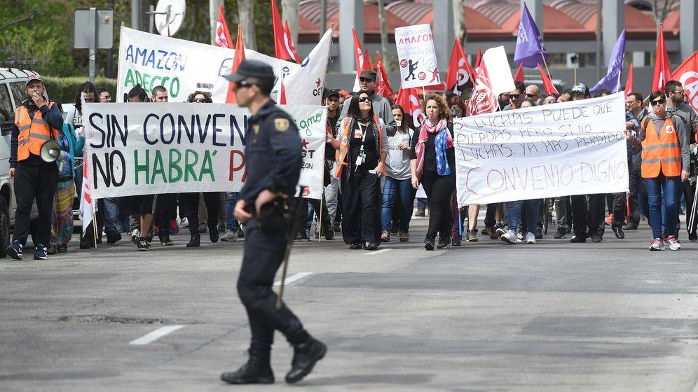 Foto: Una de las últimas protestas de los trabajadores de Amazon España. (Efe)