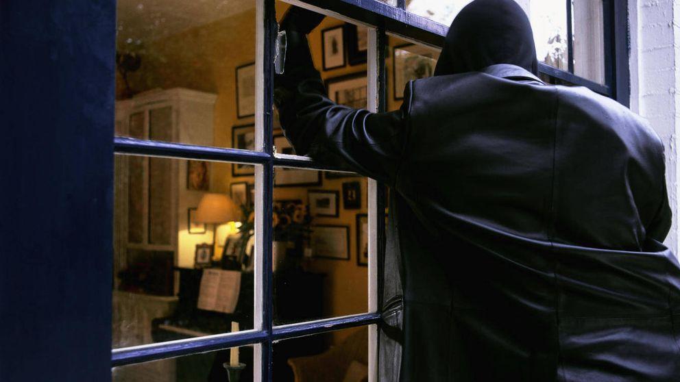 Así impidió que el ladrón le robase y acabase con su vida: riéndose de él