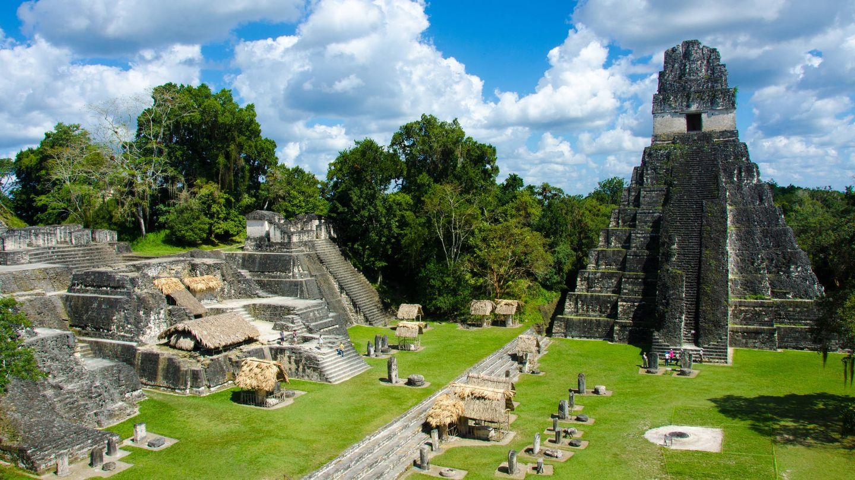 Las ruinas de la antigua ciudad maya de Tikal, en Guatemala.