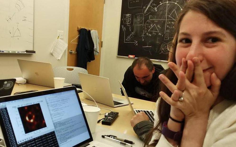 Foto: La científica Katie Bouman. (Foto: Katie Bouman/Twitter)