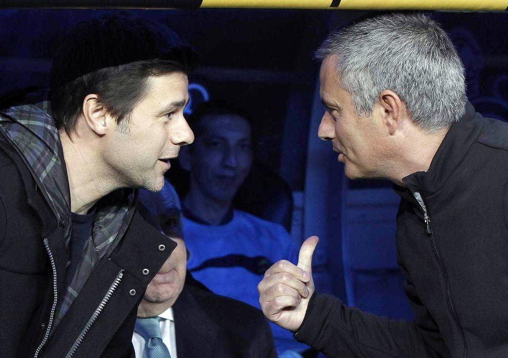 Foto: Mourinho y Pochettino en un Real Madrid- Espanyol de hace un año (Efe).