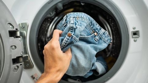 La razón por la que solo deberías lavar tus vaqueros azules una vez al mes