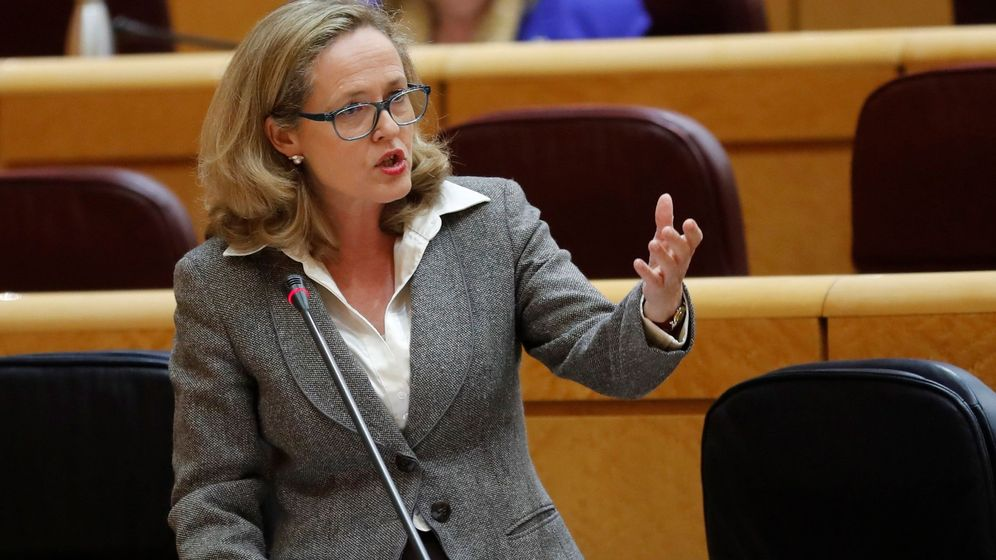 Foto: La vicepresidenta económica, Nadia Calviño, en el Senado. (Efe)