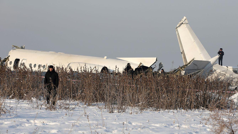 Al menos 15 muertos y más de 60 heridos en un accidente de avión en Kazajistán