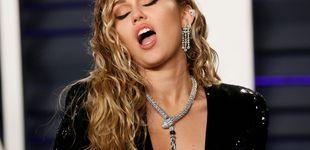Post de Miley Cyrus, 'en bolas' con su último y retro look de belleza
