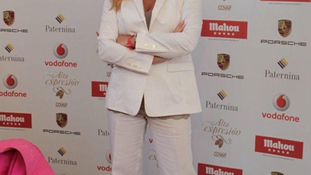 Vino y jamón para Eduardo Zaplana, Norma Duval y Fernando Sánchez Dragó en Las Ventas