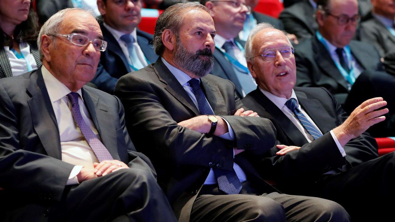 Técnicas ficha al exministro y expresidente de Endesa Martín Villa como consejero