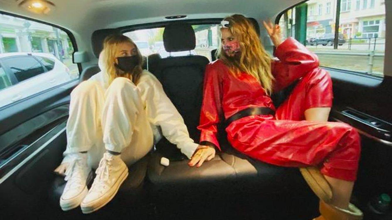 La hija de Heidi Klum debuta en la moda como buena 'hija de': con su madre del brazo