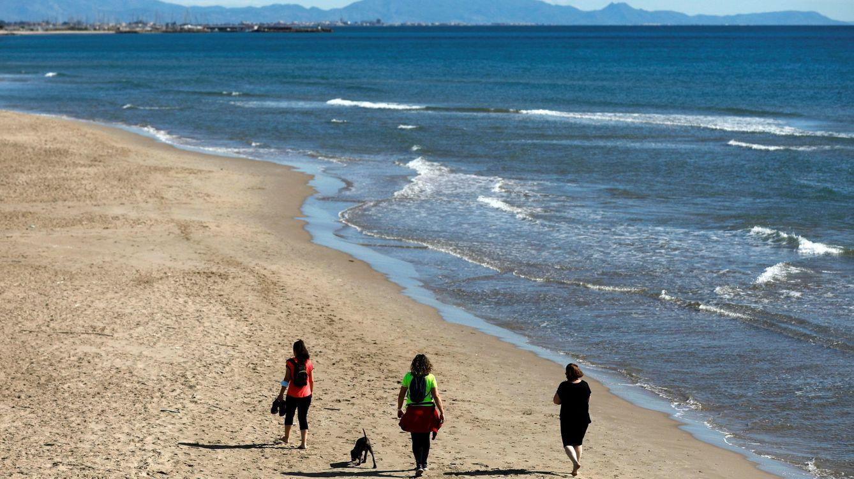 Reino Unido da la puntilla al turismo: España vuelve a quedar fuera de la 'lista verde'