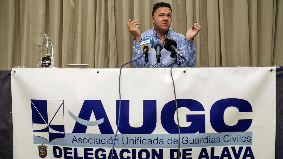 La Guardia Civil abre una investigación al portavoz de la AUGC por estar en Podemos