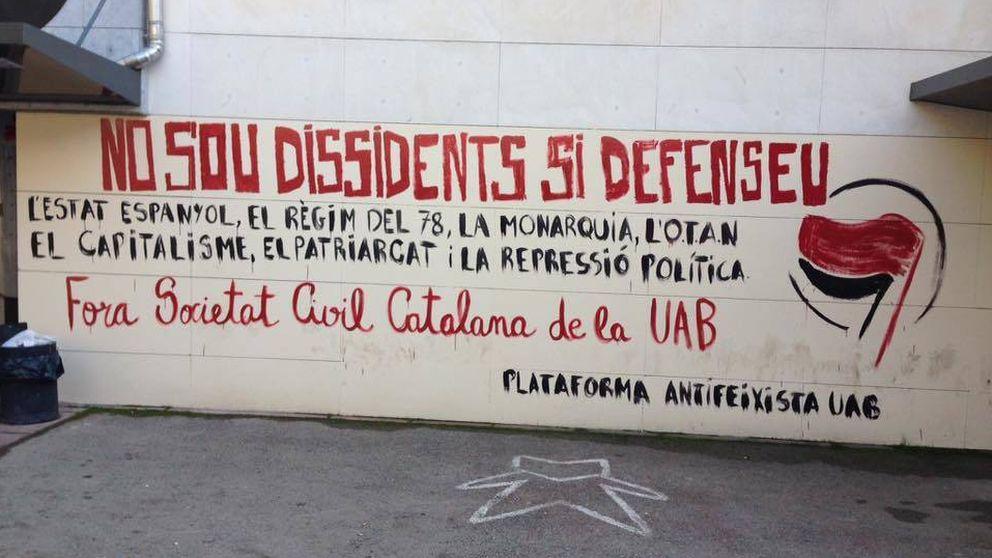'Desperdicis', los 'matones' que persiguen españolistas en la Universidad de Barcelona