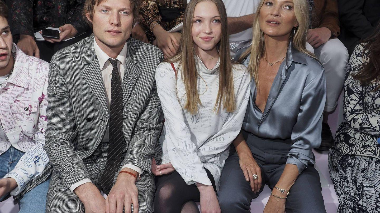 Nikolai, Kate y su hija, Lila Moss. (CP)