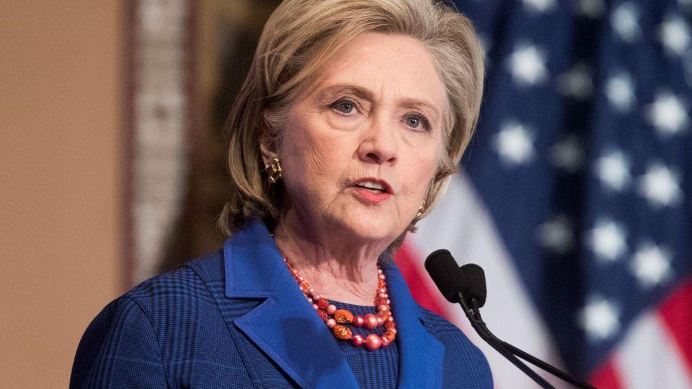 Foto: Hillary Clinton, en una entrega de premios. (EFE / Michael Reynolds)