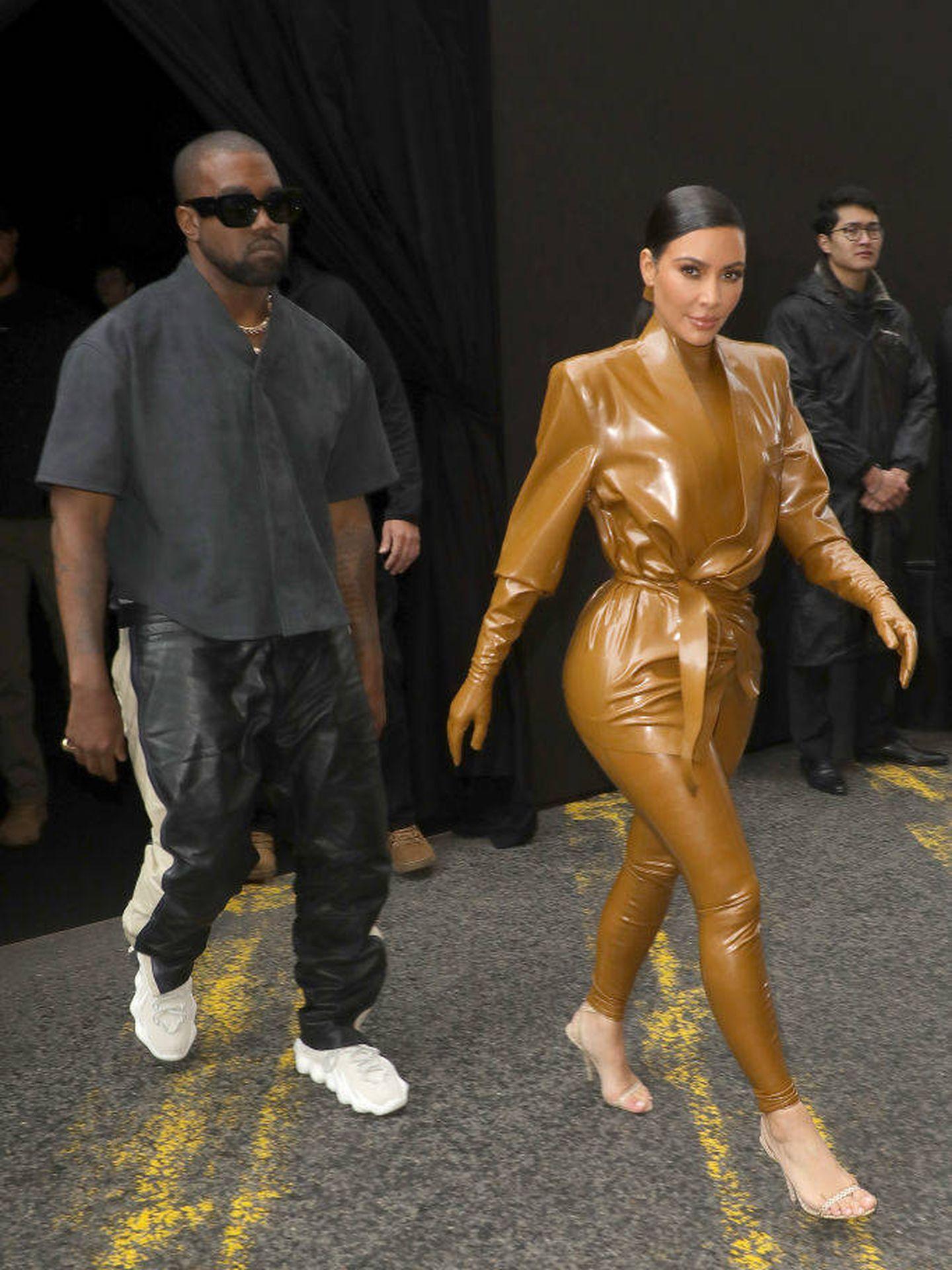 Kim Kardashian y Kanye West, en París.  (Getty)