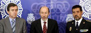 Rubalcaba admite que la Policía fijó cupos de arrestos de 'sin papeles'