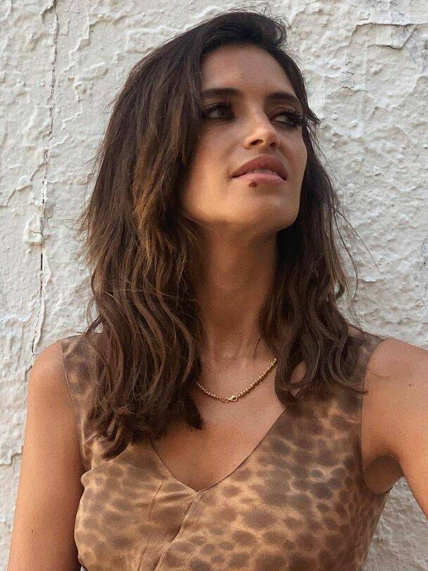 Sara Carbonero, con la melena ondulada. (Instagram @saracarbonero)