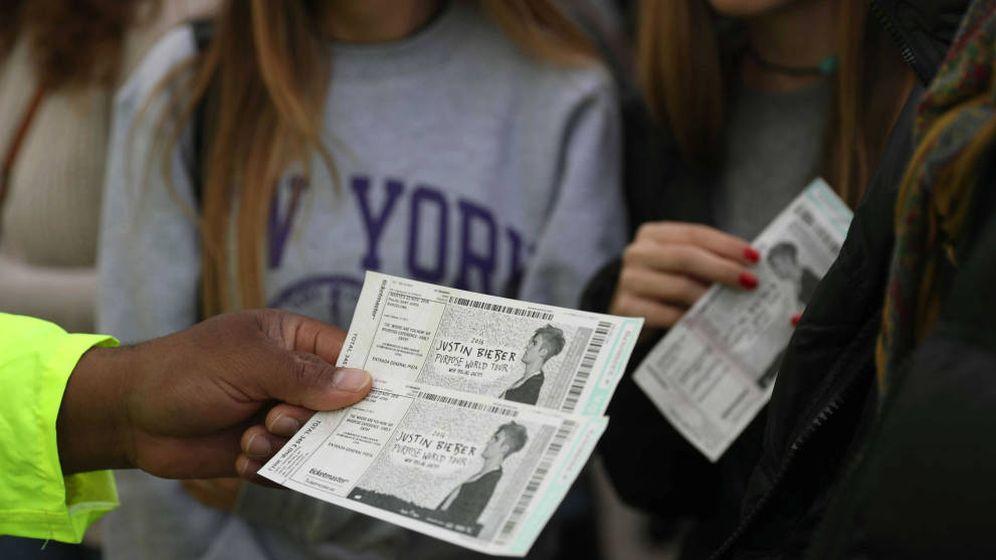 Foto: Reventa de entradas en el concierto de Justin Bieber el pasado año. (EFE)
