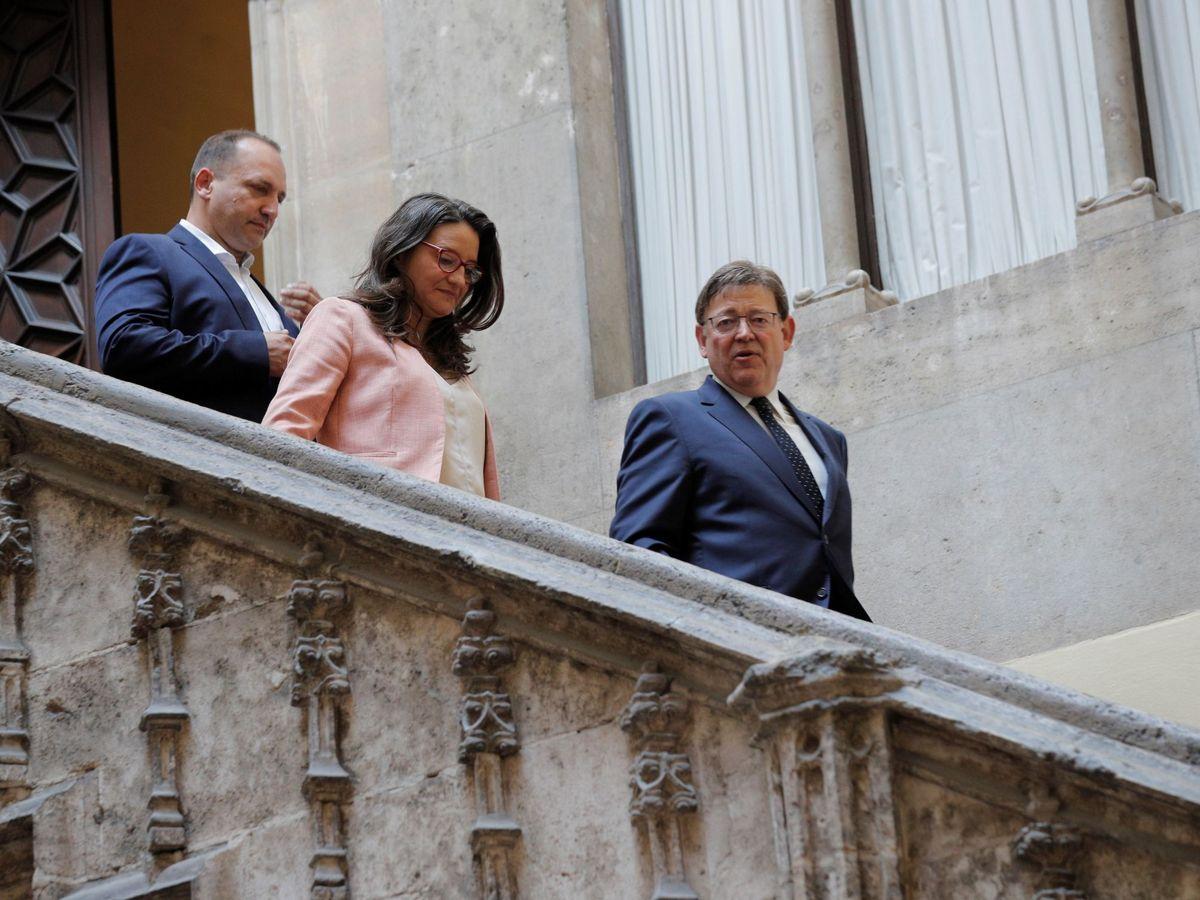 Foto: Rubén Martínez Dalmau, Mónica Oltra y Ximo Puig. (EFE)
