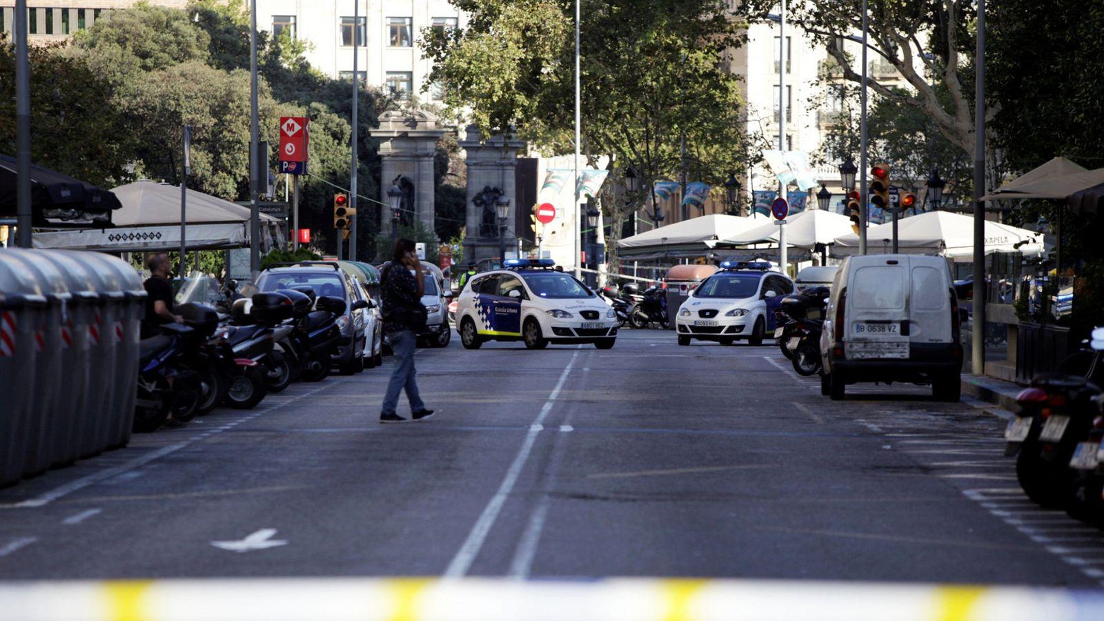 Foto: Vista del lugar del atentado, acordonado por la policía. (Reuters)