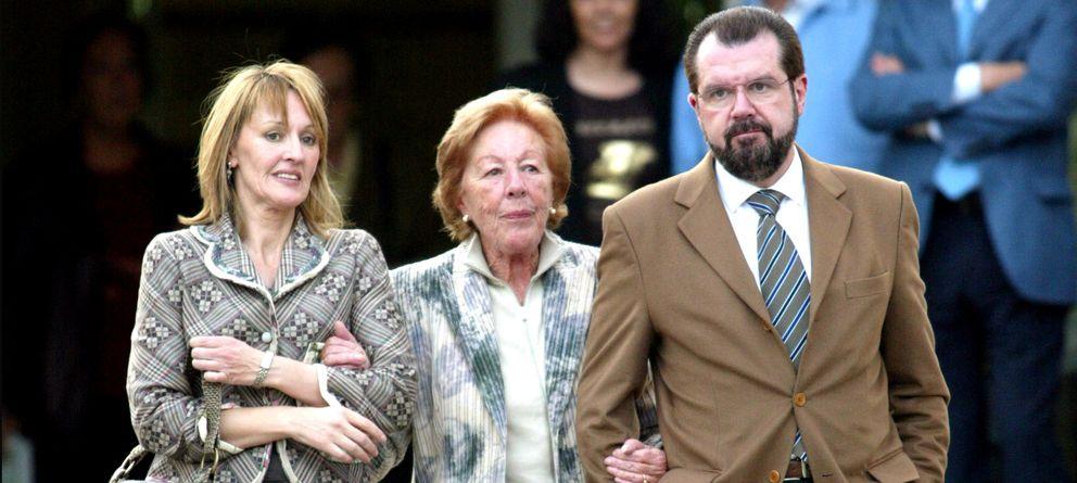 Henar Ortiz pide en Twitter un referéndum y aboga por el fin de la monarquía