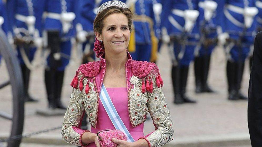 Foto: La infanta Elena, vestida de Caprile, en una imagen de archivo. (EFE)