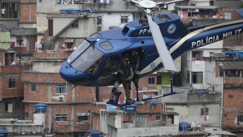 Foto: Las muertes a manos de policías en Río de Janeiro han aumentado un 135% en mayo. (EFE)