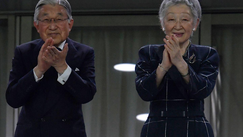 El emperador Akihito y su mujer. (Getty)