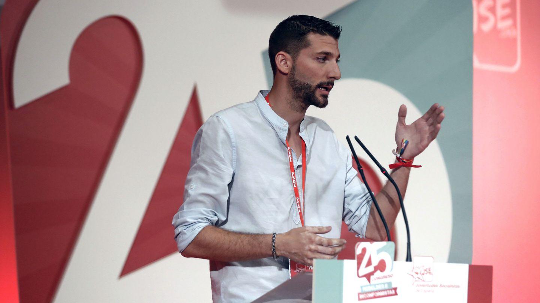 Omar Anguita, este 15 de julio durante su intervención ante el 25º Congreso Federal de JSE, en la sede de UGT Madrid. (EFE)