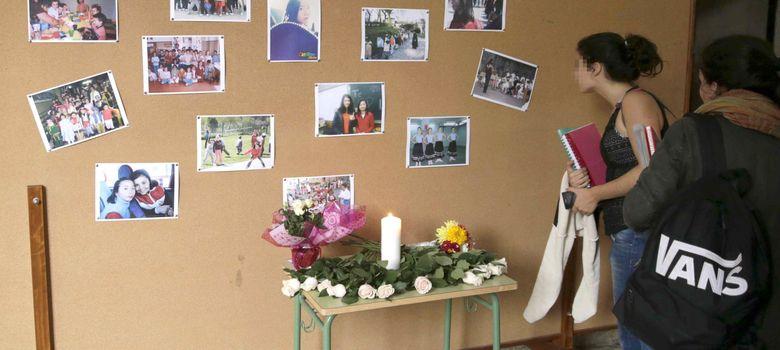 Foto: Compañeros de asunta recuerdan en un mural en el instituto su 13 cumpleaños