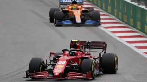 Por qué Ferrari y Sainz tienen más munición para su duelo a palo limpio con McLaren