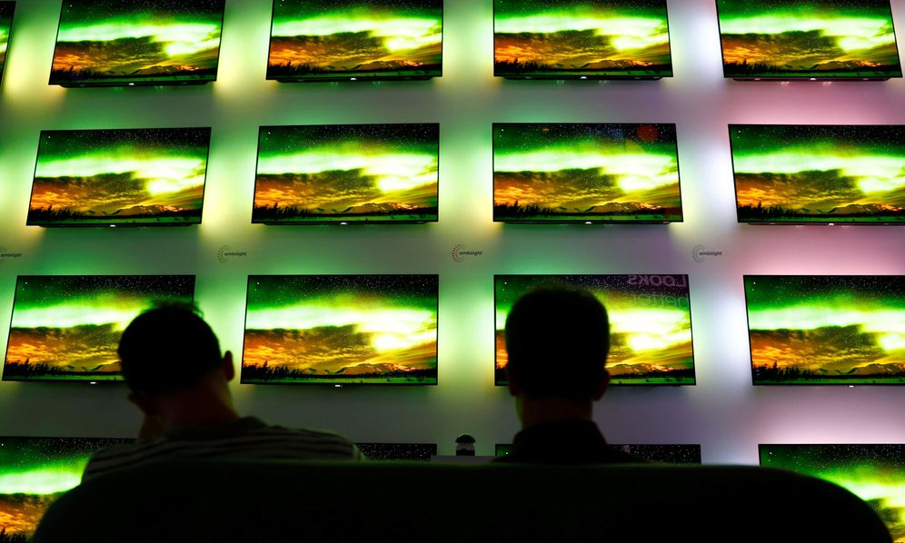 Foto: Un mural de televisiones en la última IFA de Berlín. (Reuters)